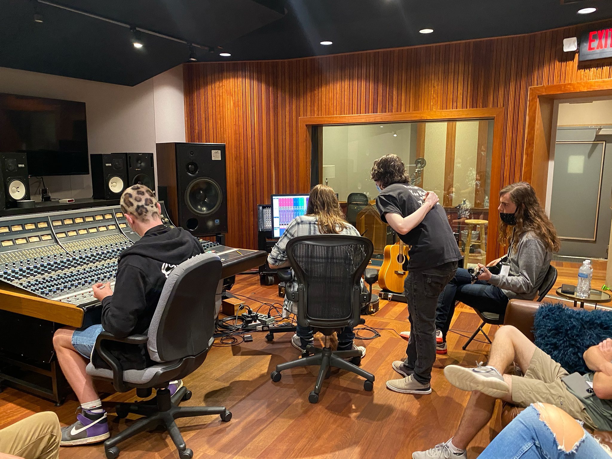 Campers mixing in Studio E